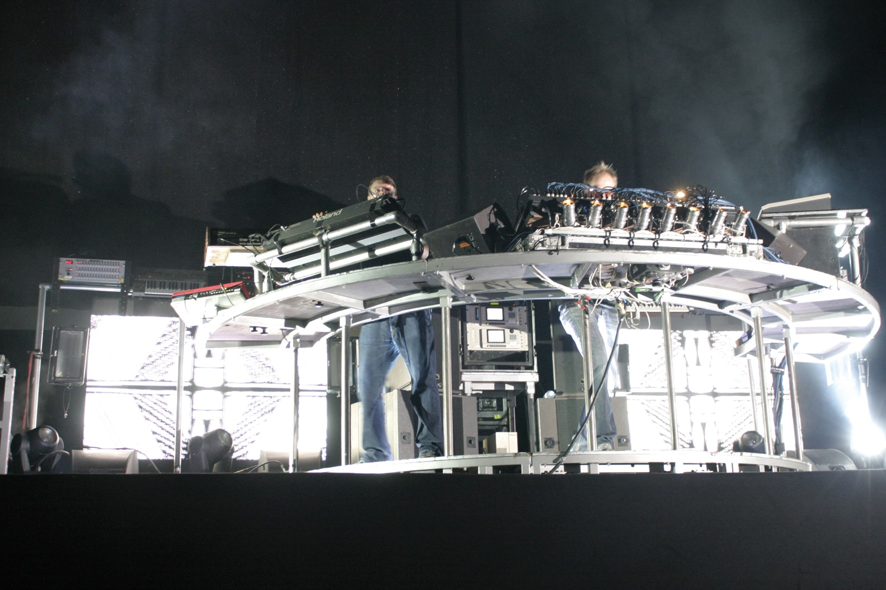 02_chemical_brothers-min